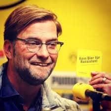 Borussia allenatore birra antirazzista