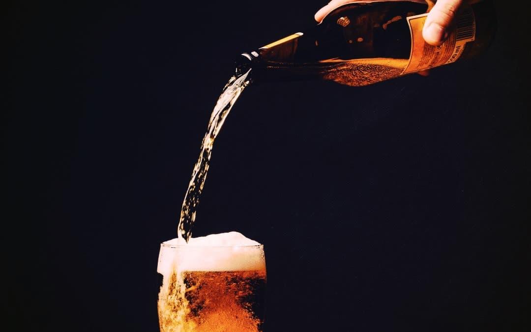 versare-birra